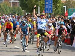 2008racereport-no.059-04.jpg